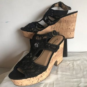 American eagle wedge shoes heels Sandals 8.5 new